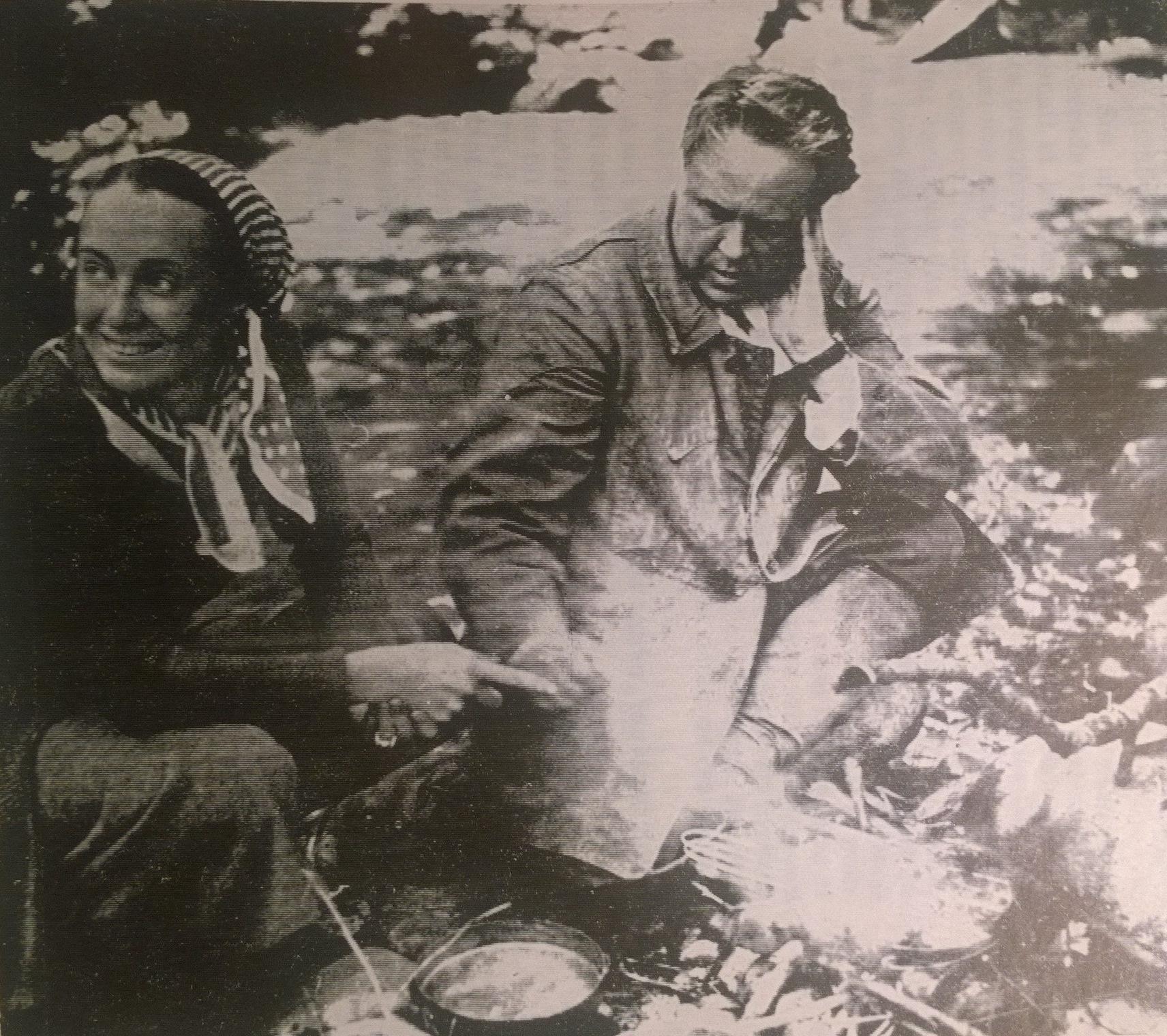 Редкие часы отдыха. Молодожены Поль Вайян-Кутюрье и Мари-Клод. 1936 год