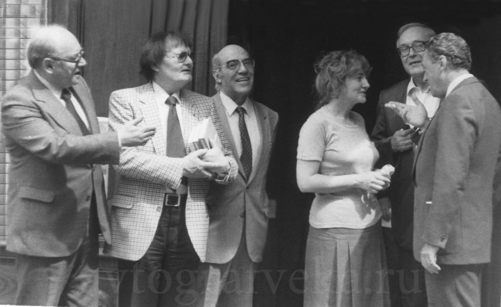 44_в ресторане Друан с гонкуровцами Базен_РоблемПолонская_Сабатье_Стиль 1 июня 1982